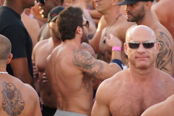 Winter-Festival-Party-Miami-men