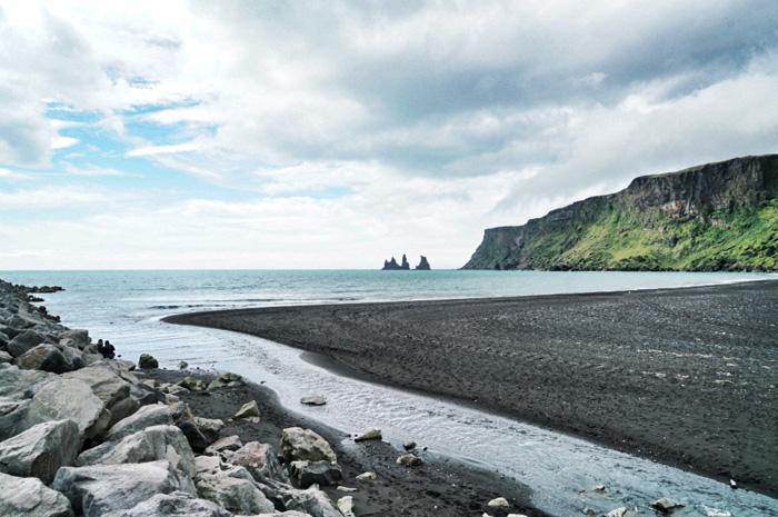 schwarzer strand vik island