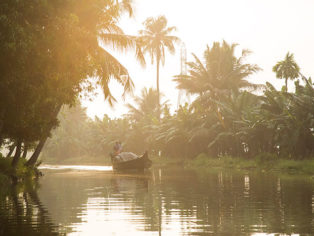 Bootstour Sonnenuntergang Indien