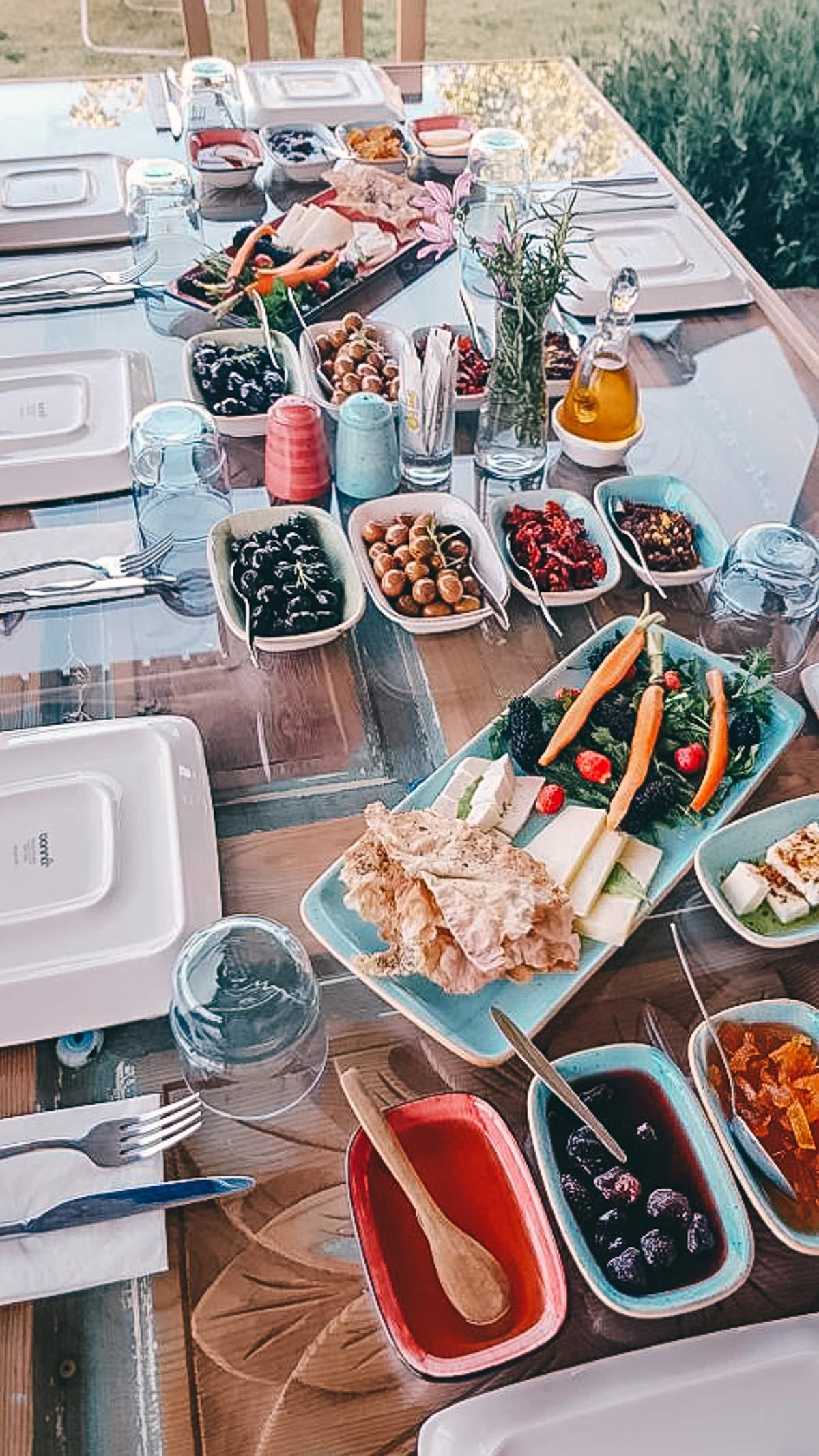Frühstück im Café Senit
