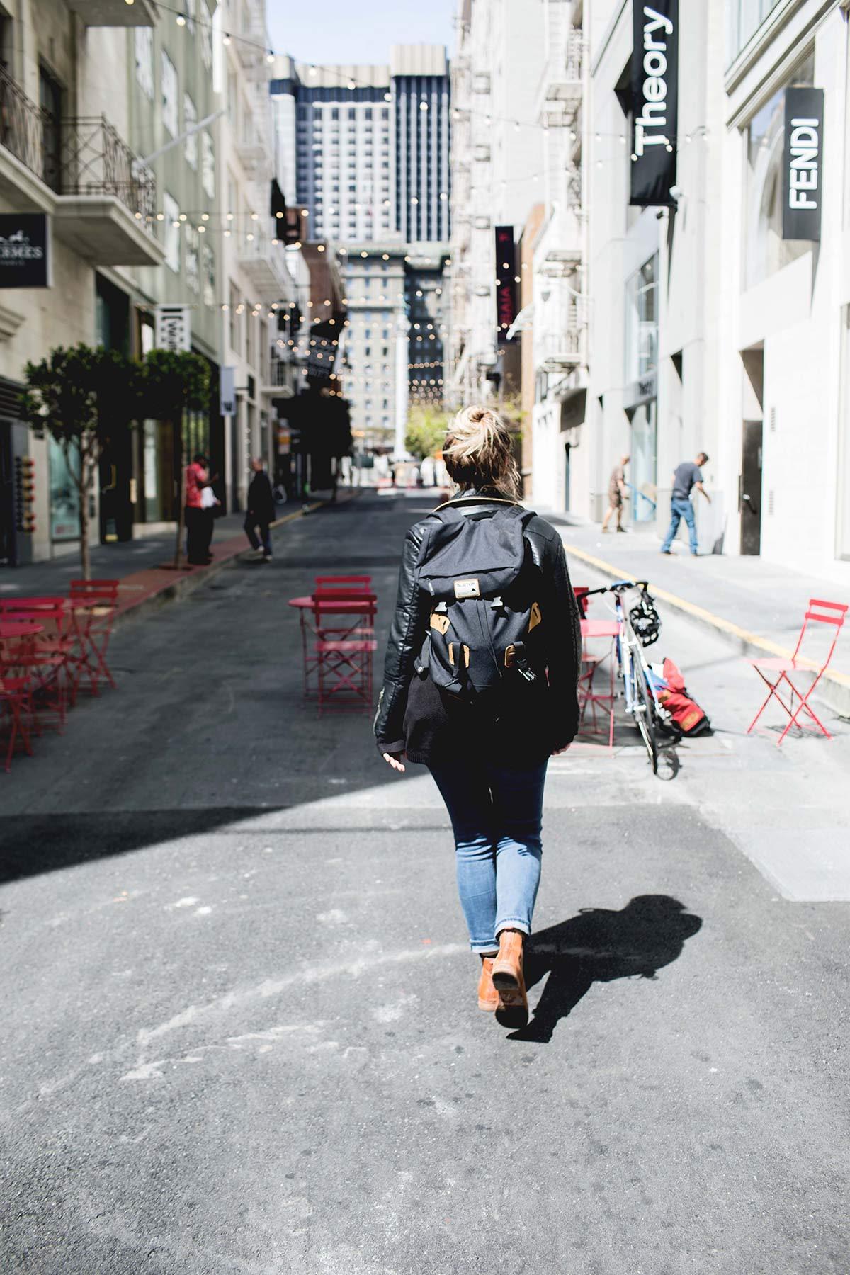 Ich laufe durch SF