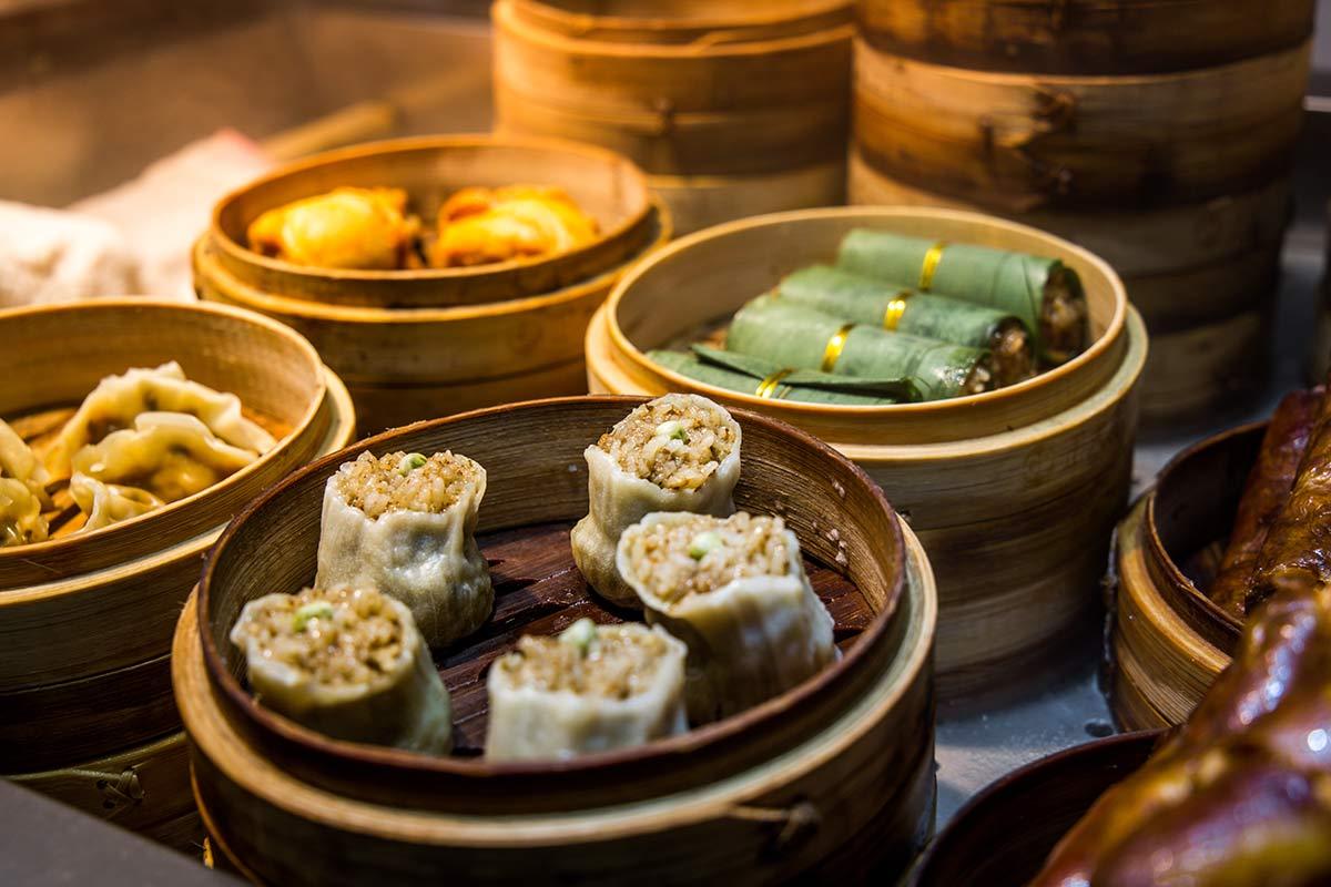 Gedaempfte Gerichte aus Sichuan