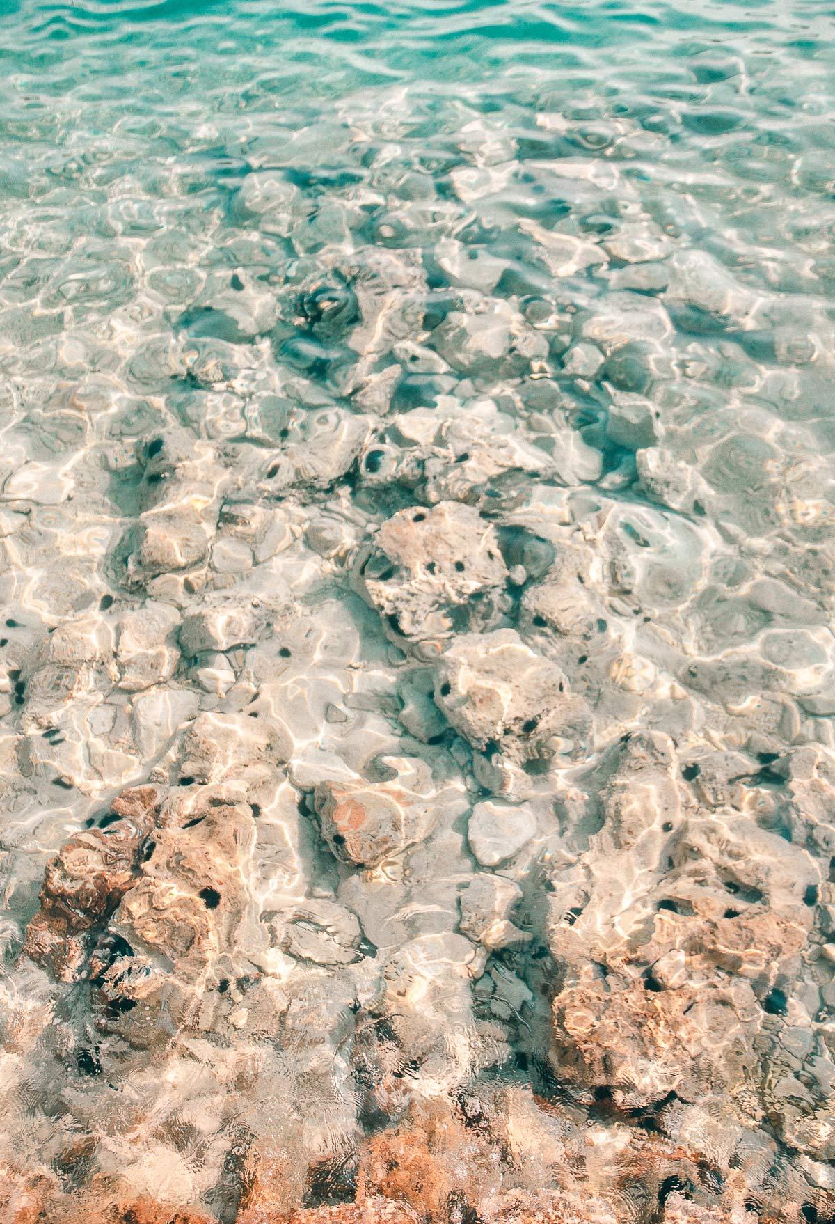 Glasklares Wasser in Kroatien