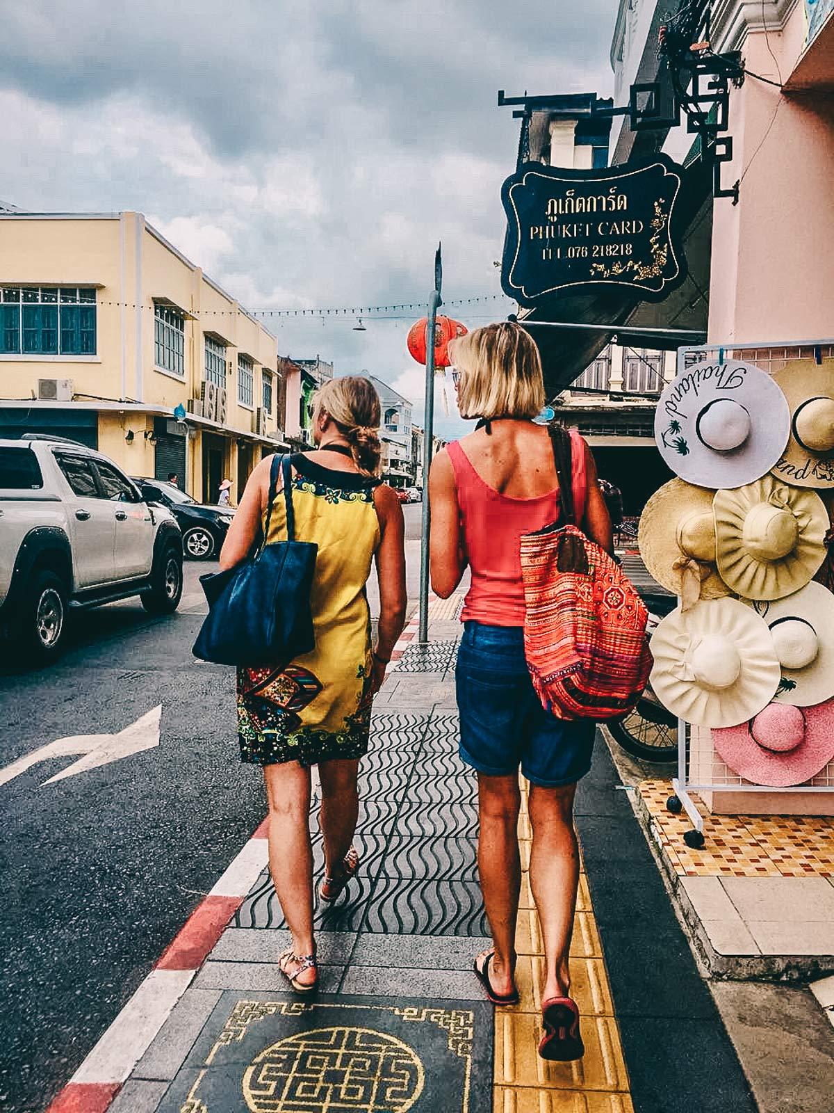 Shopping Old Town Phuket