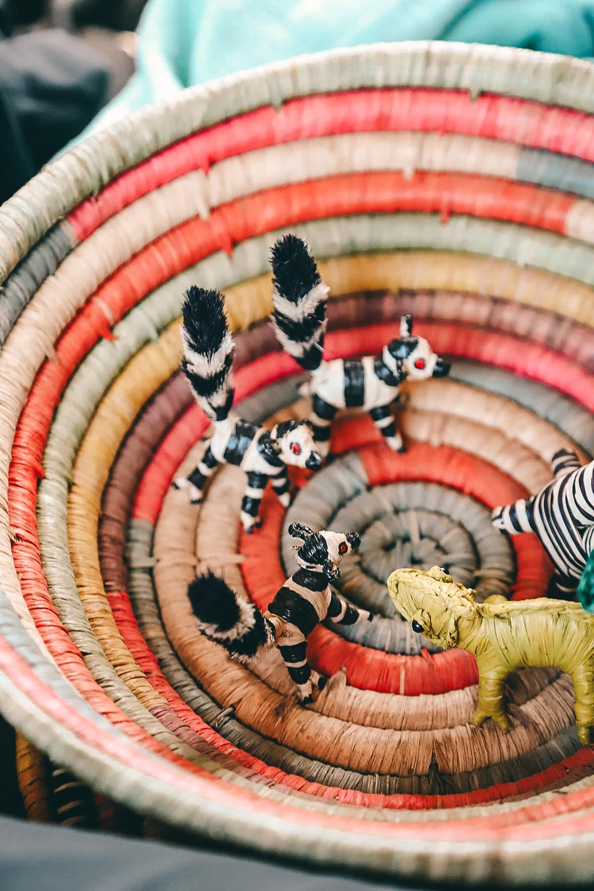 Flechtarbeiten aus Madagaskar