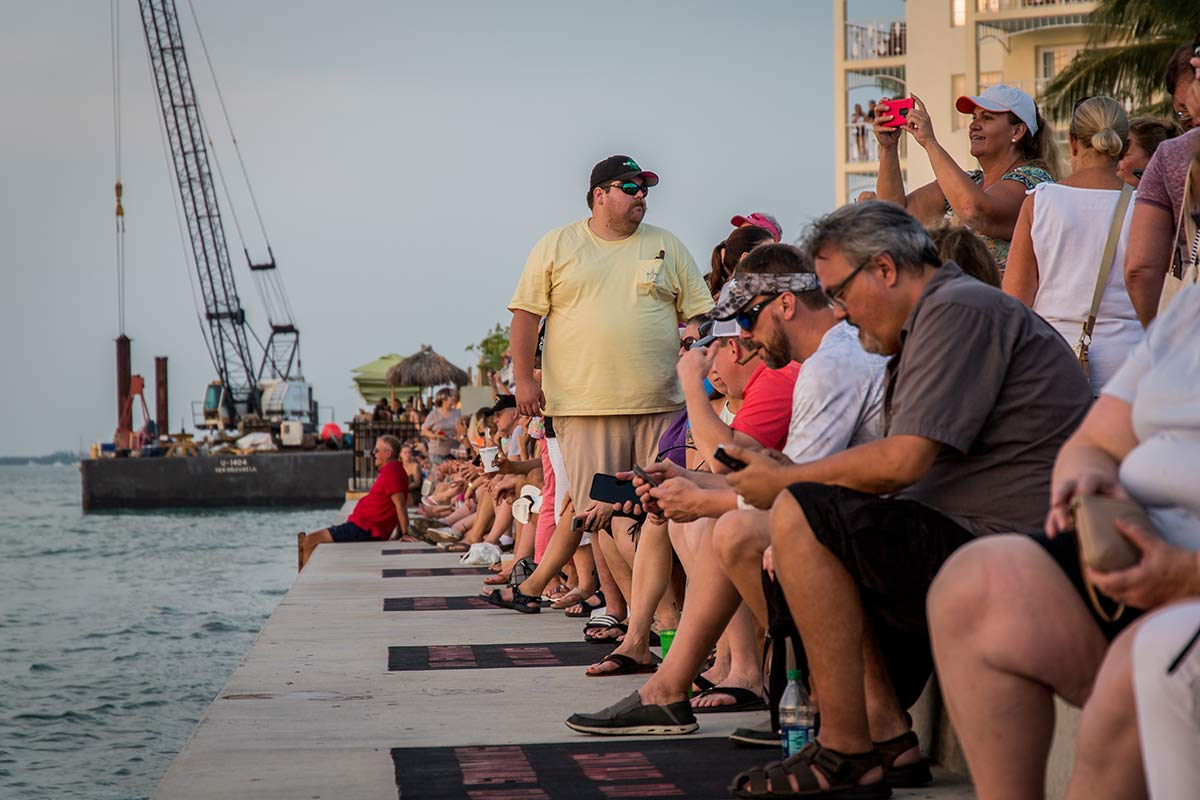 Besucher beim Sunset in Key West