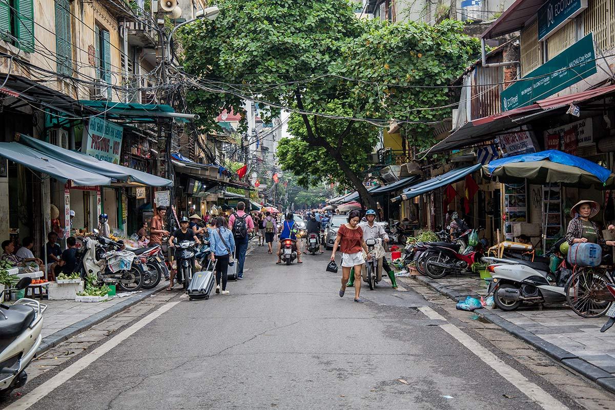 Hanoi bunt und laut
