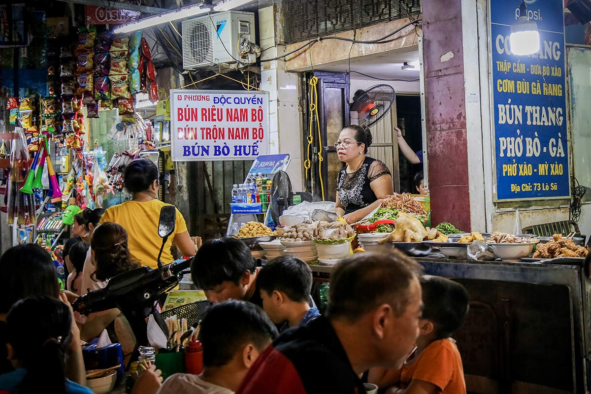 Streetfood Stand in Hanoi