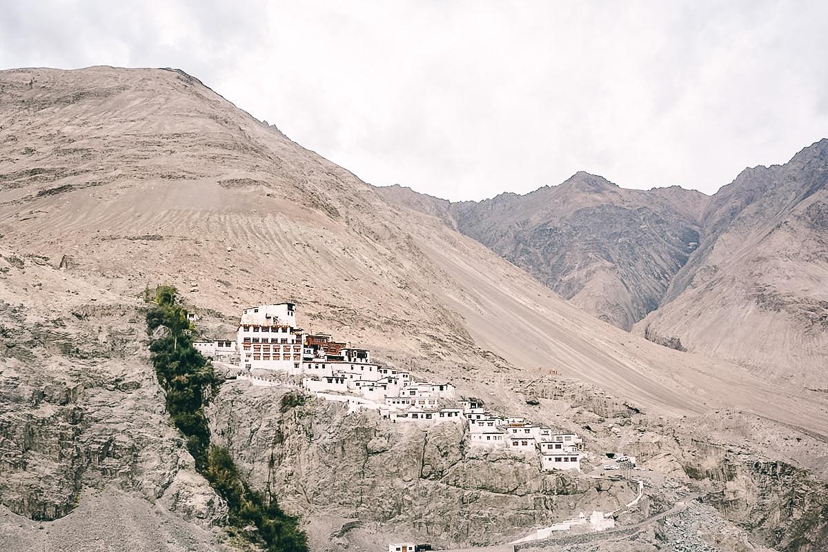 diskit kloster im nubra tal
