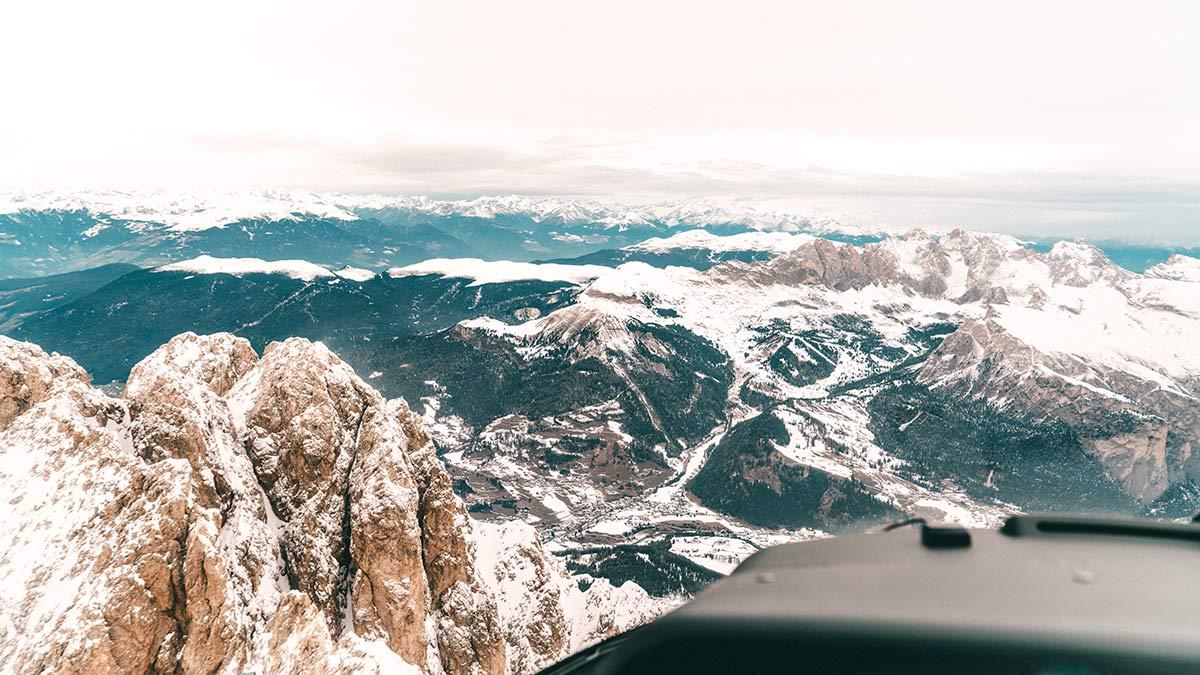 Helikopterflug Dolomiten Ausblick
