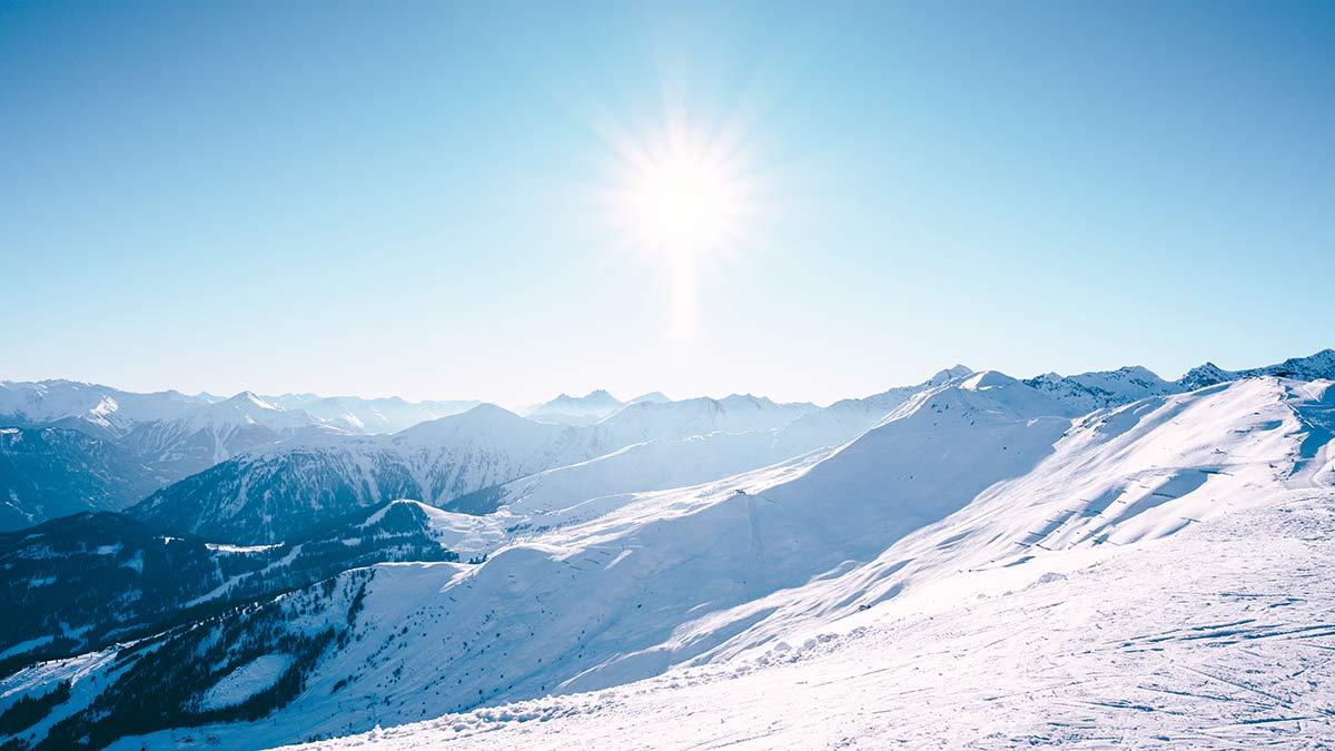 Serfaus Fiss Ladis Berge mit Sonne