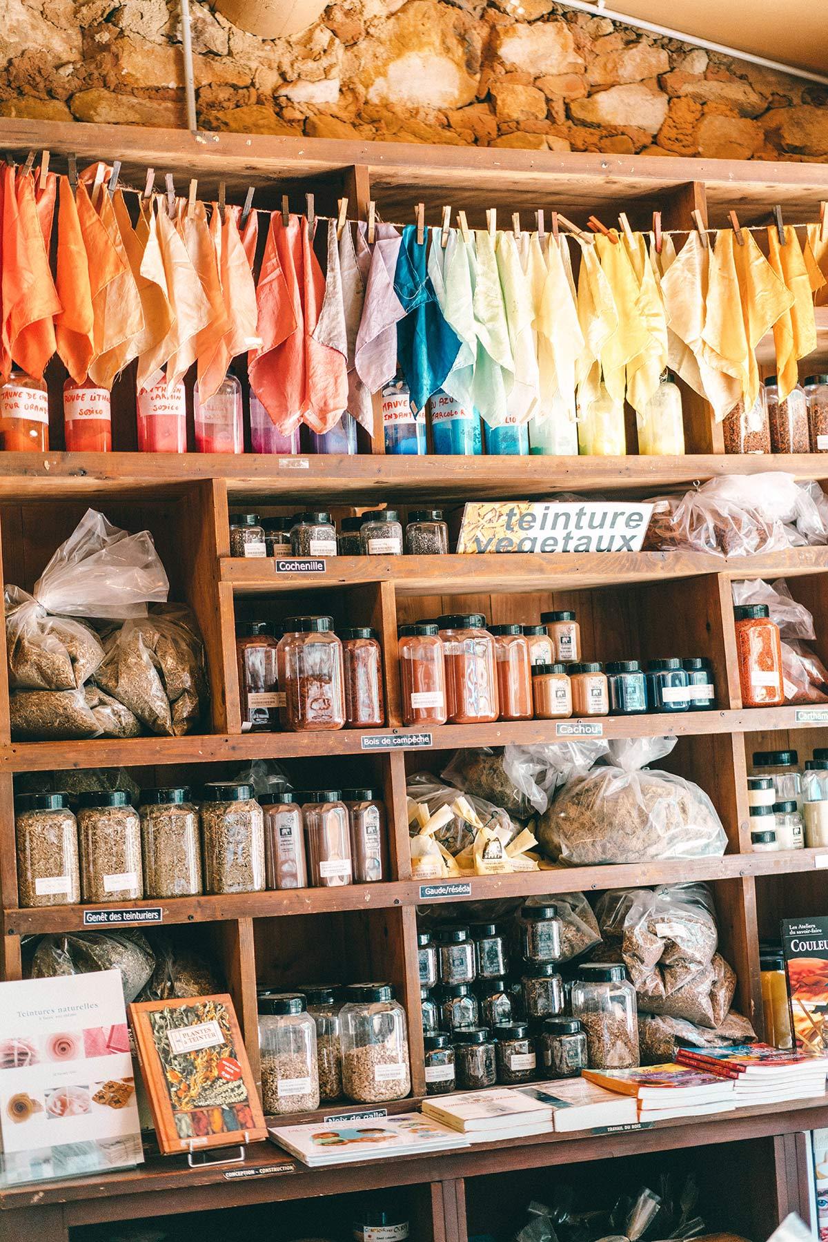 Shop Conservatoire des ocres et de la couleur