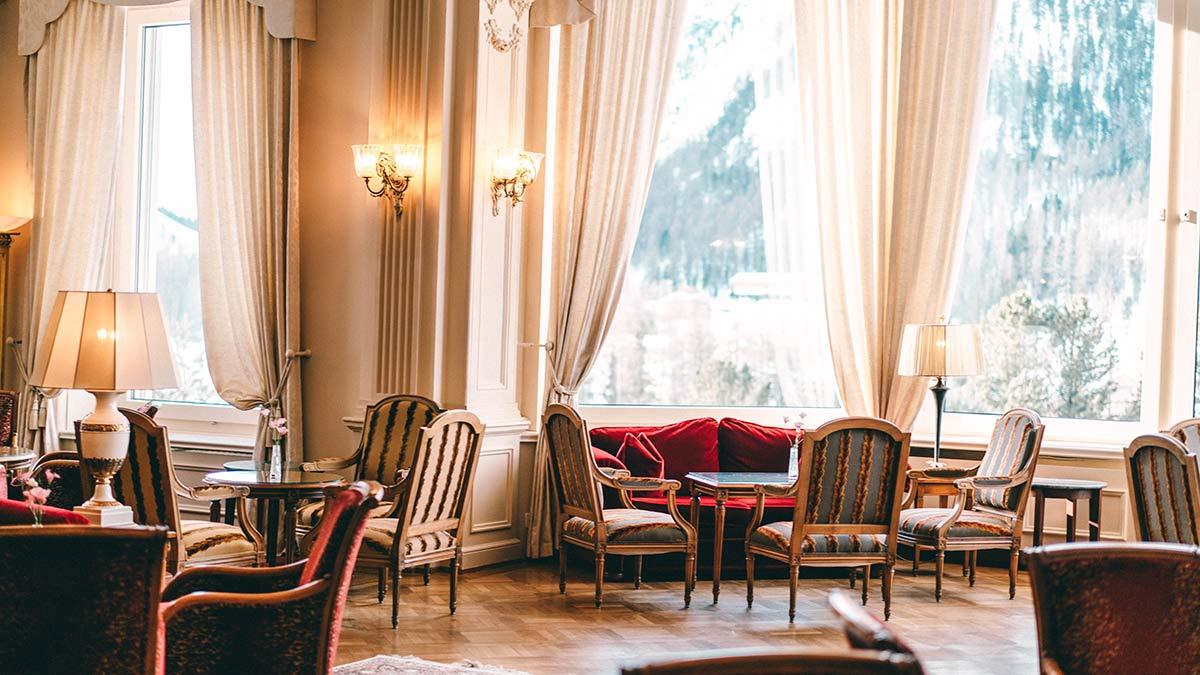 Einrichtung Lobby Grand Hotel Kronenhof