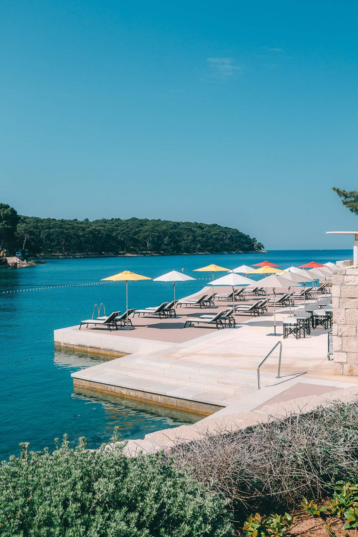 kroatien hotel mit meerblick