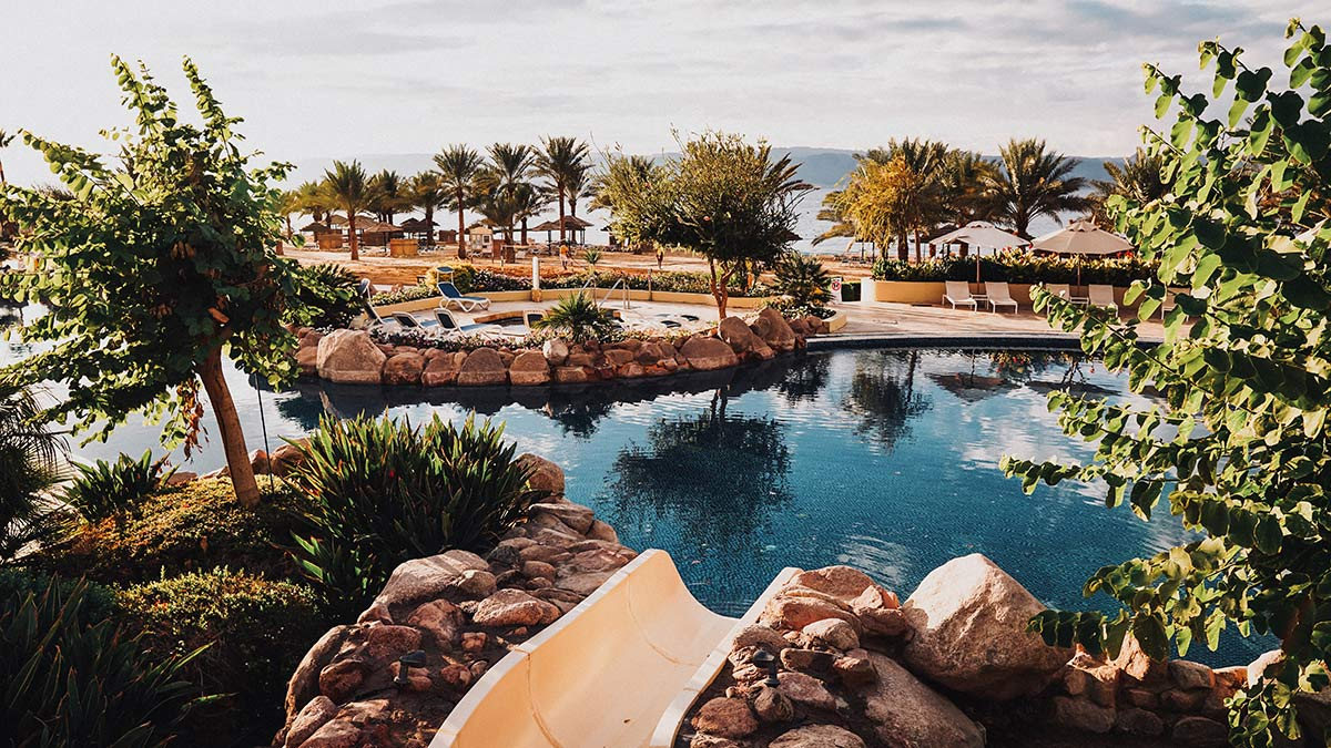 Moevenpick Resort und Spa Tala Bay Pool Anlage