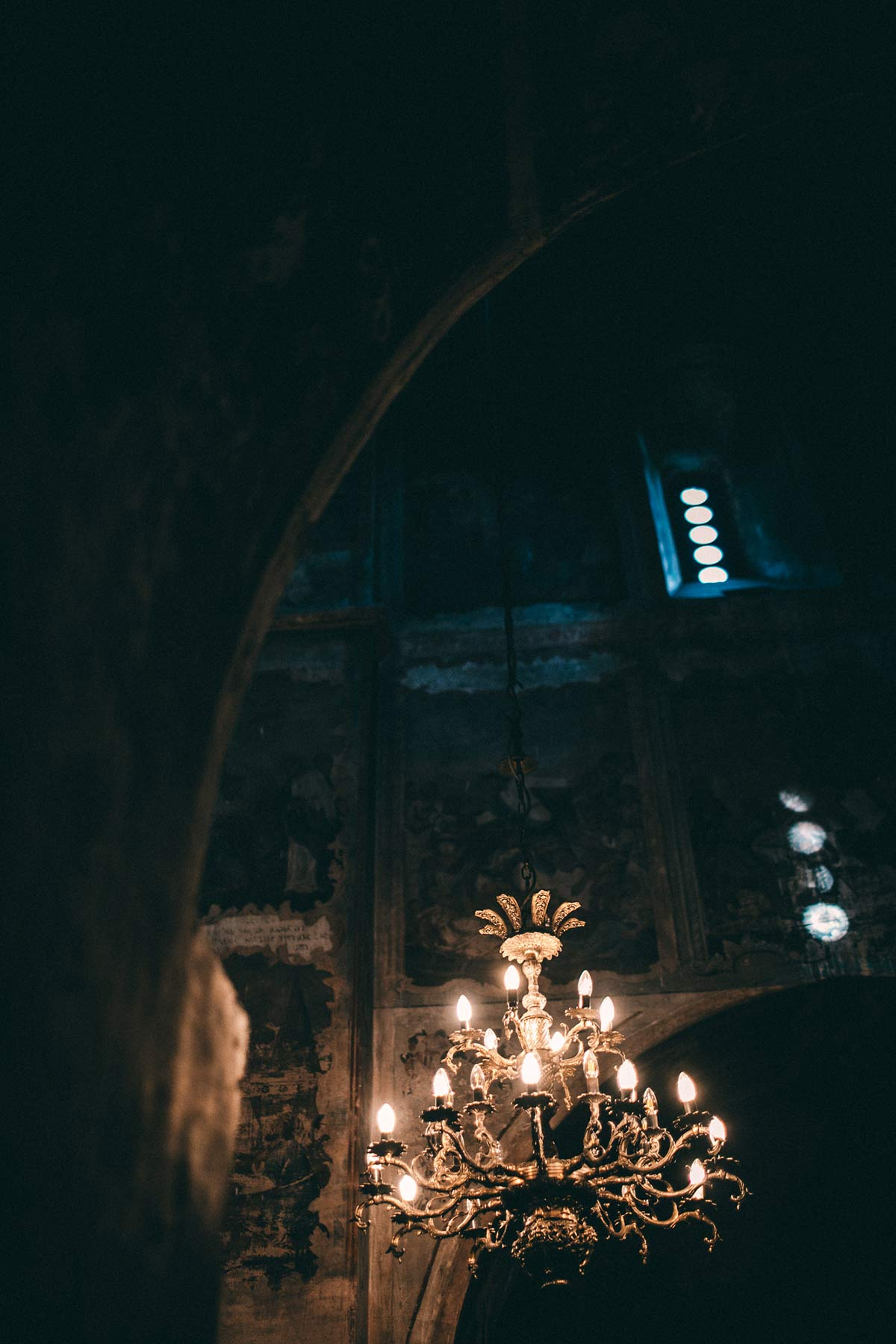 Kronleuchter im Kloster Bodbe
