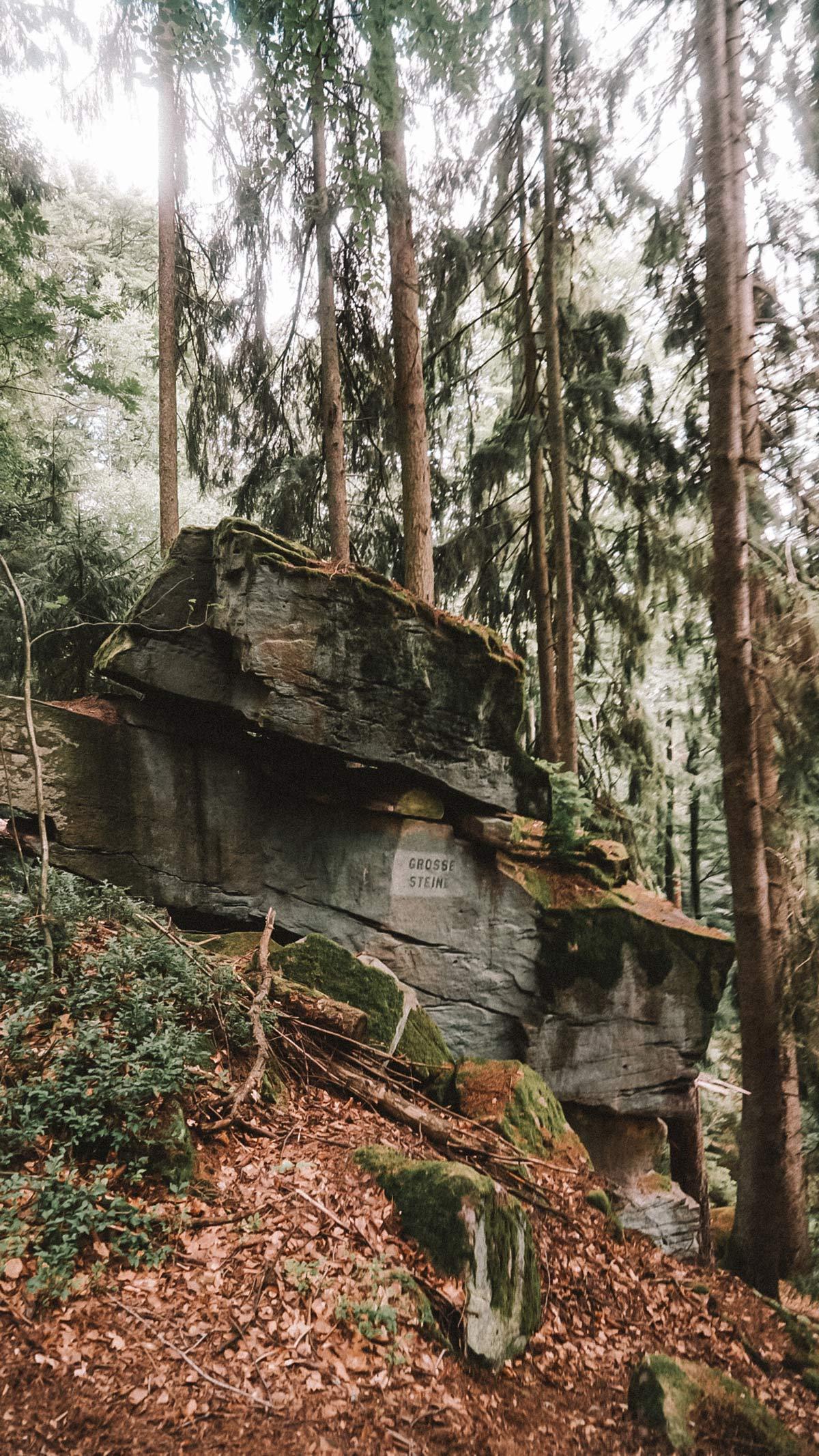 Wanderung grosse Steine Rhoen