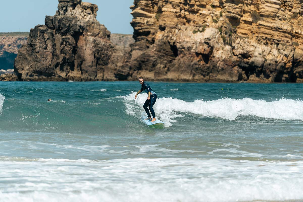 Christine Neder surf
