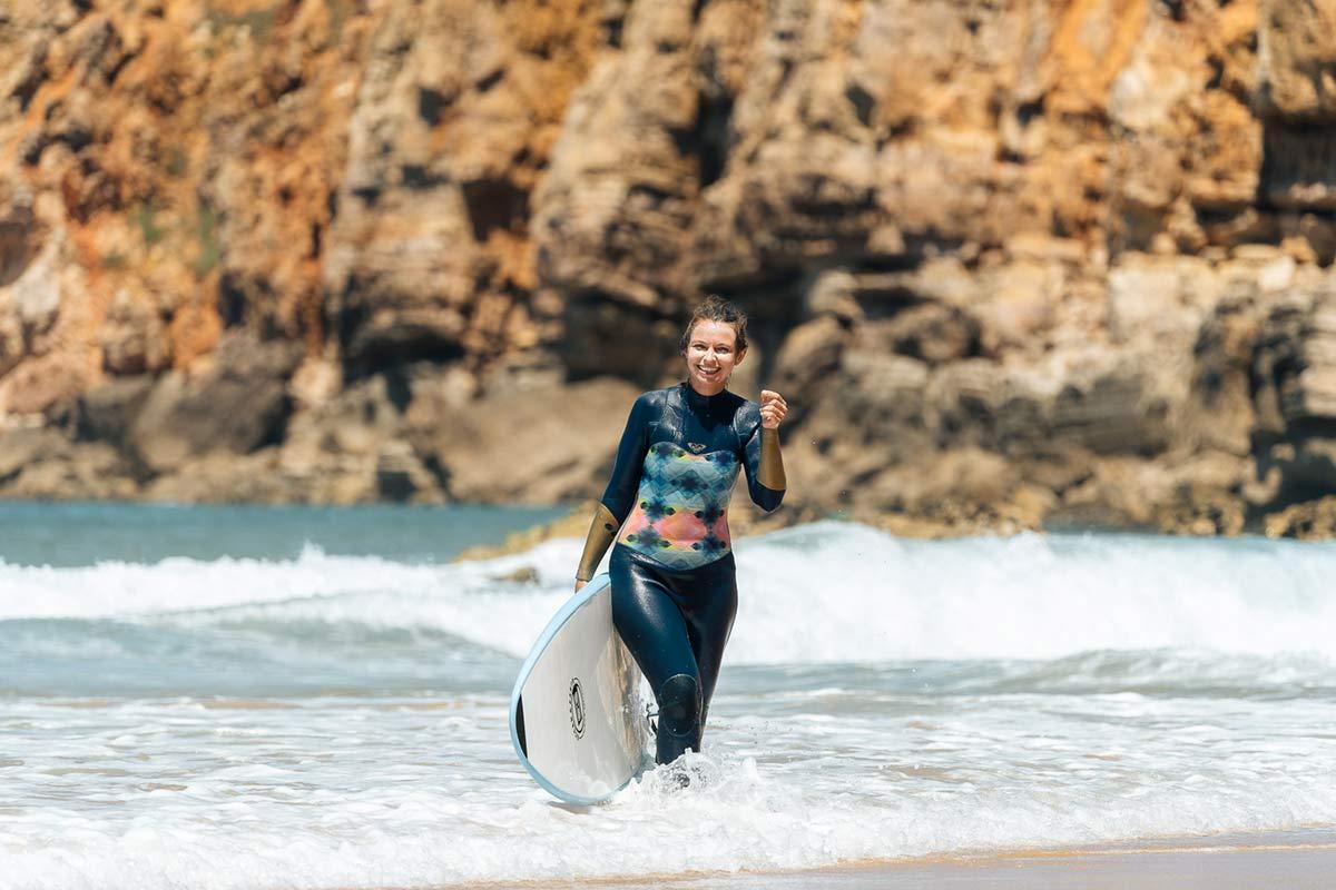 Christine Neder Surfen