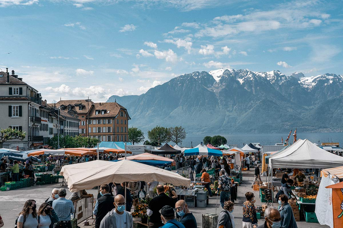Marktplatz Vevey Genfersee Sehenswürdigkeiten