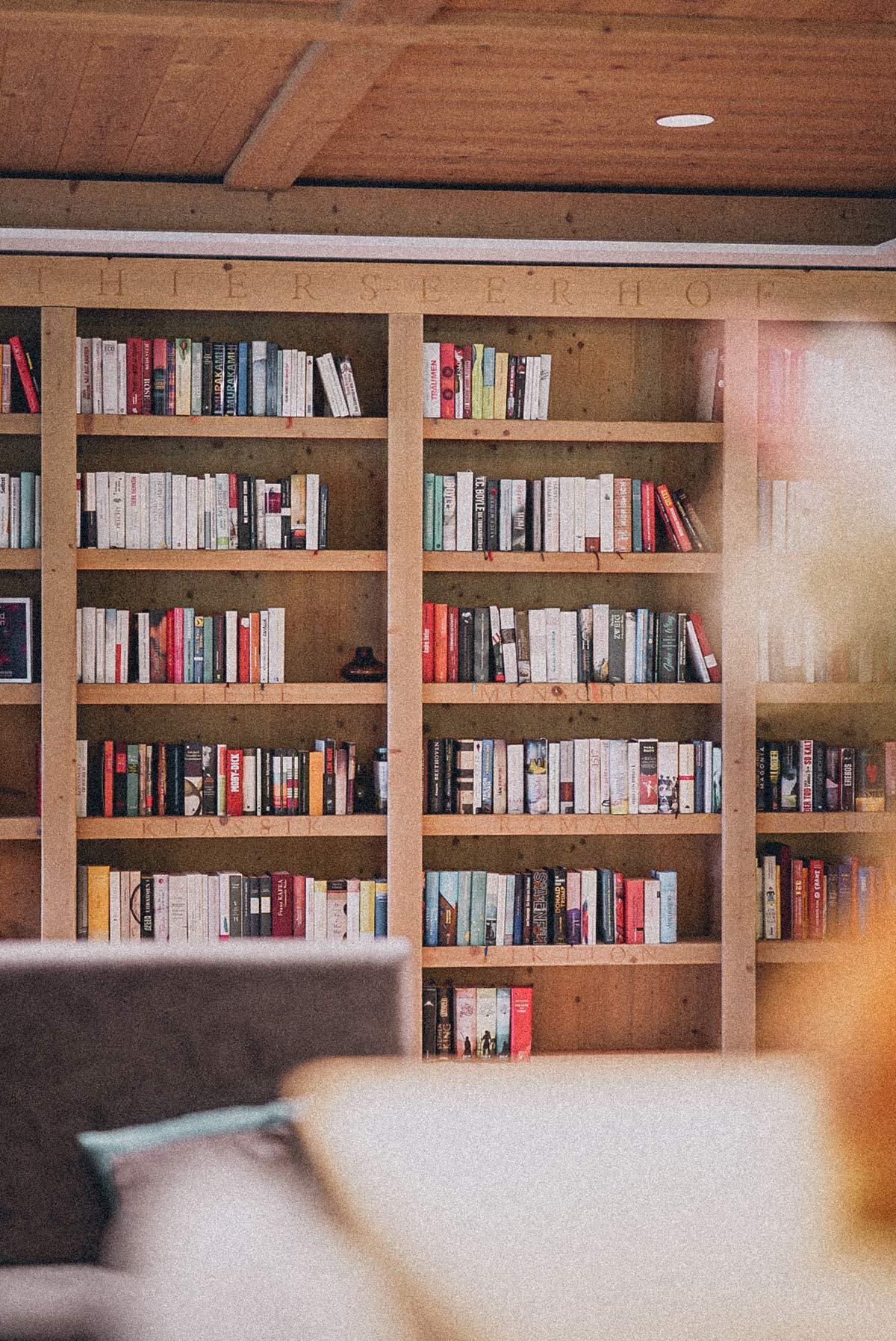 Bibliothek Thierseerhof