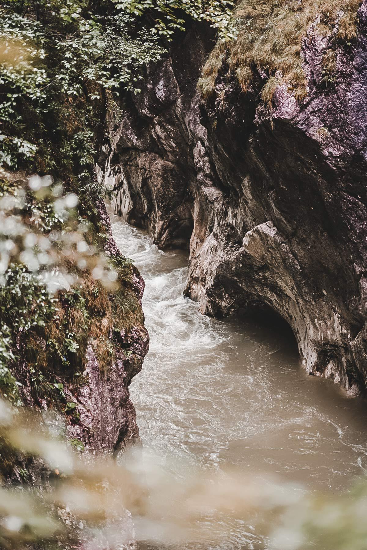 Klamm Fluss